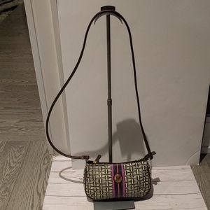 🌸🌺Small Crossbody bag by Tommy Hilfiger 👠